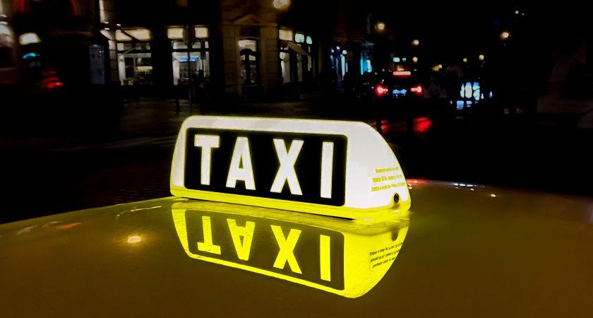lanterne d'un taxi